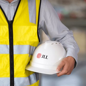 jll global health safety employee