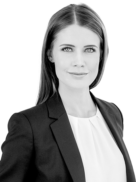 Joanna Kieszczyńska,Director, Land and Medium-Size Investments